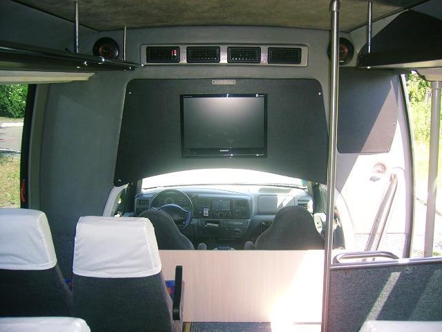 ford-zakaz-avtobusa-32-mesta