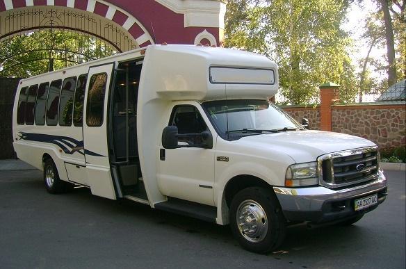 ford-zakaz-avtobusa